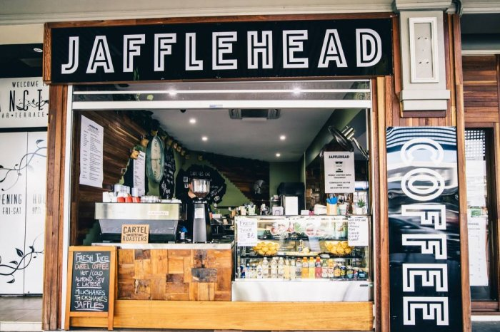 JAFFLE HEAD