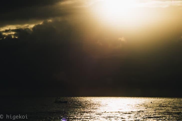 グリーン島 朝焼け