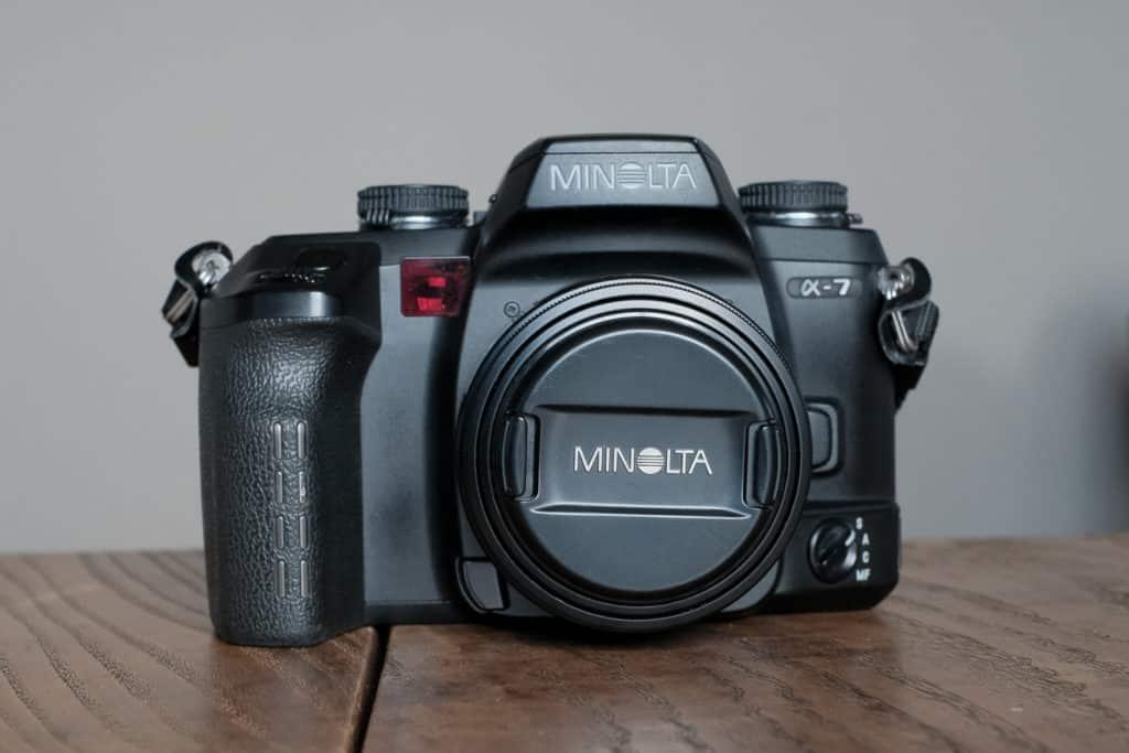 MINOLTA α-7